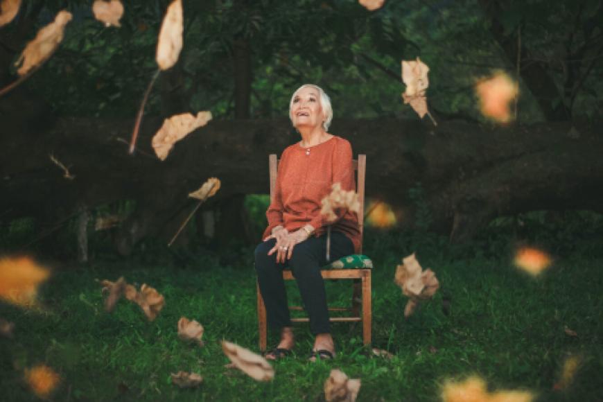 Czujność we wsparciu seniora: czym jest choroba otępienna?