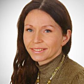 dr Anna Mackiewicz-Moreń